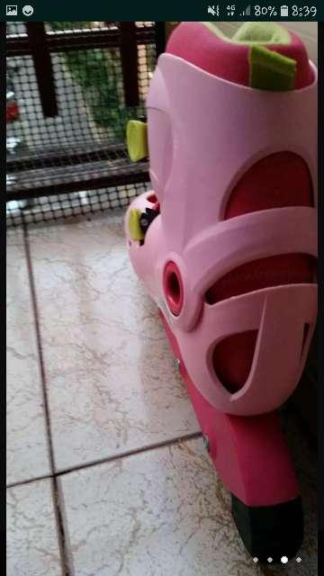 Imagen producto Patines rosas y verdes 2