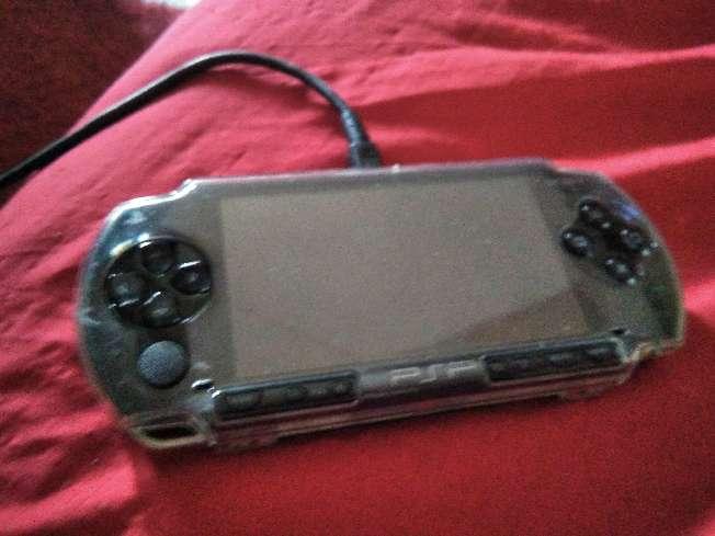 Imagen consola psp y Gameboy