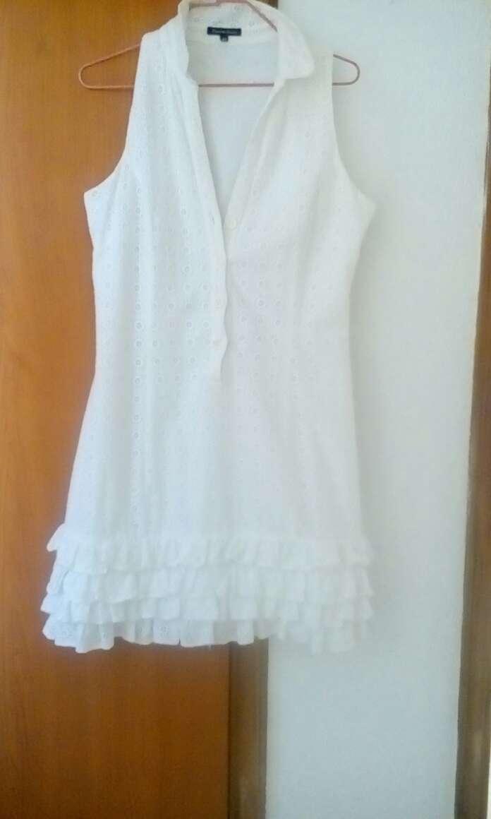 Imagen vestido blanco de Pedro del hierro