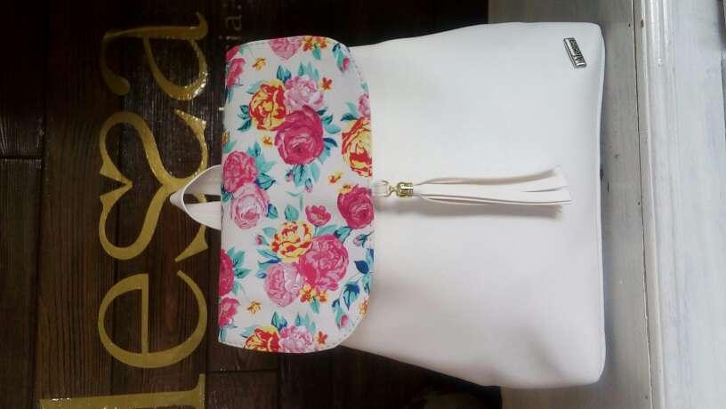 Imagen producto Bolsas y mochilas Alessa 5
