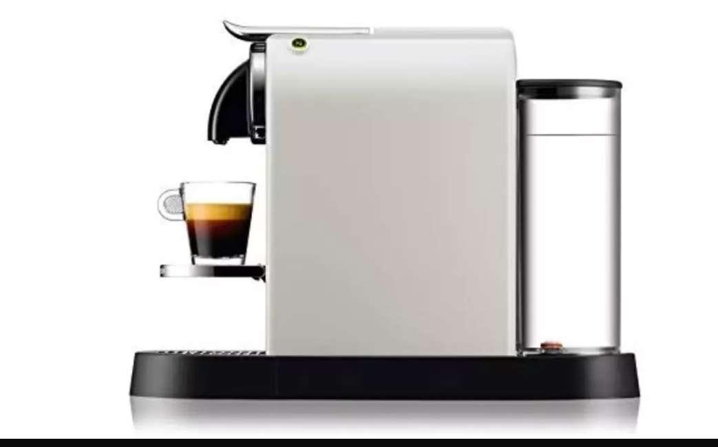 Imagen Cafetera Nespresso Delongui