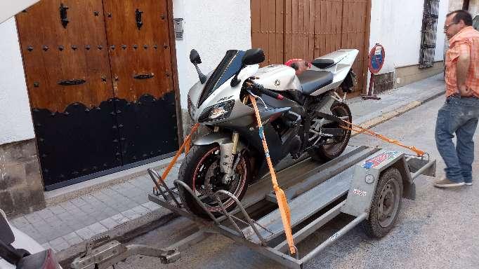 Imagen producto Yamaha R1 año 2004    1000cc 6