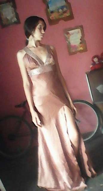 Imagen vestido de dama