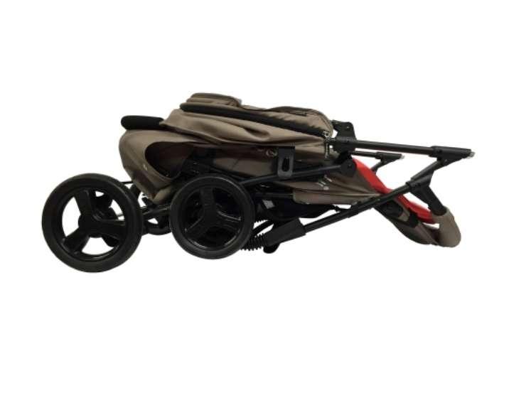 Imagen producto OFERTA silla de paseo + triciclo  2