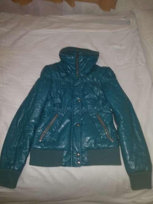 Imagen Vendo chaqueta de Bershka talla mediana por 5 euros