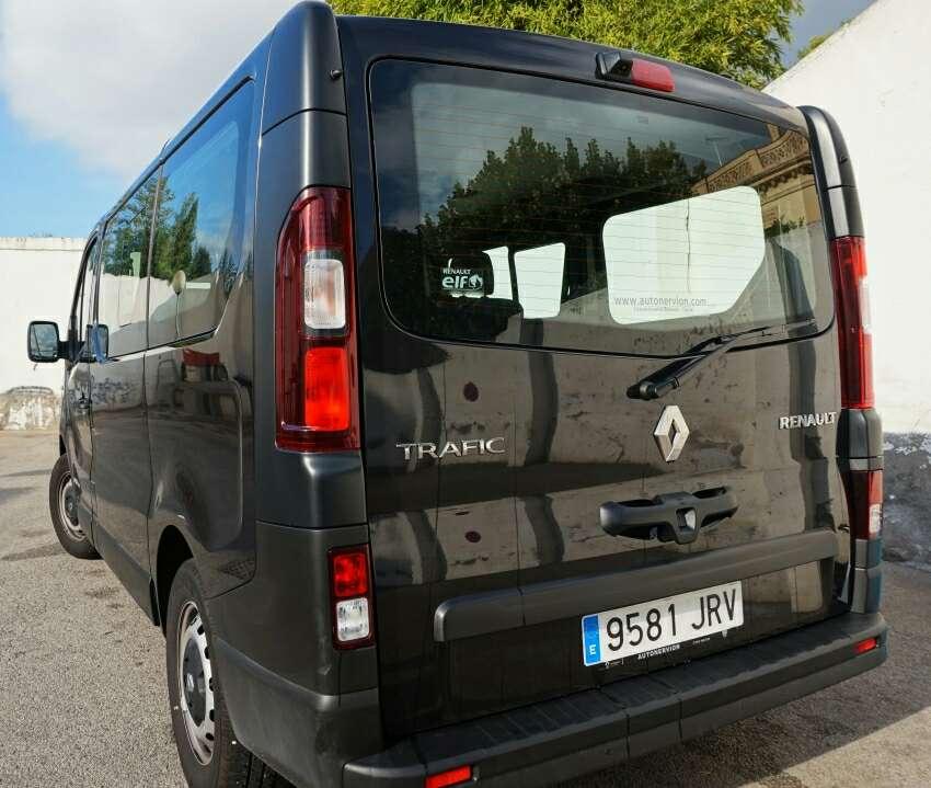 Imagen producto Furgo Renault Trafic Camperizada 2