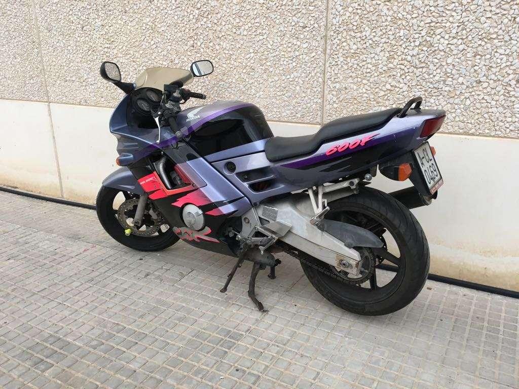 Imagen Moto de carretera