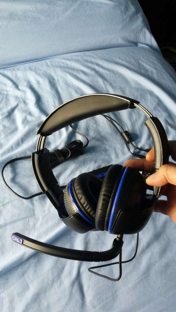 Imagen producto Cascos THRUSTMASTER Y-250 nuevos a estrenar 6