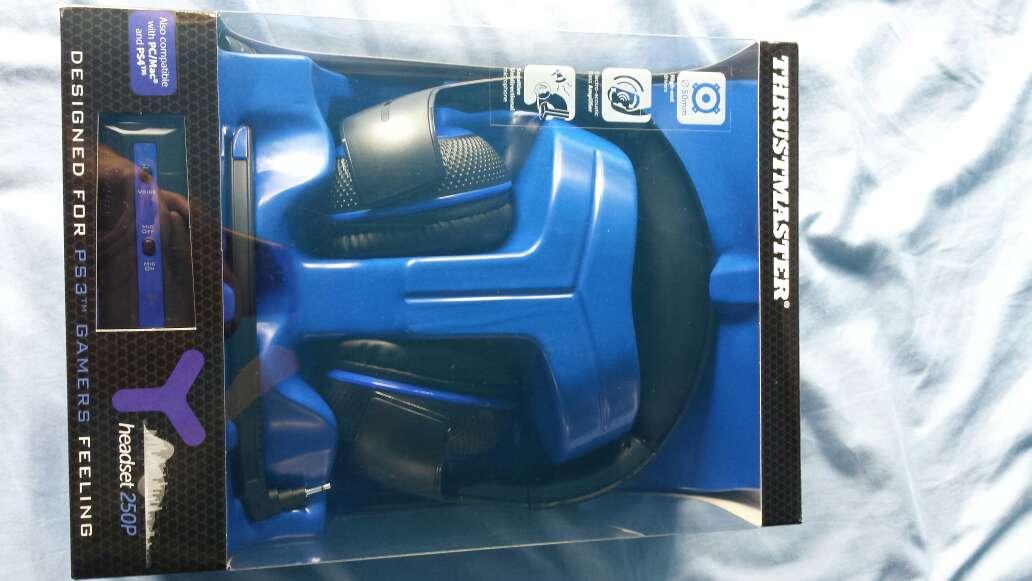 Imagen producto Cascos THRUSTMASTER Y-250 nuevos a estrenar 2