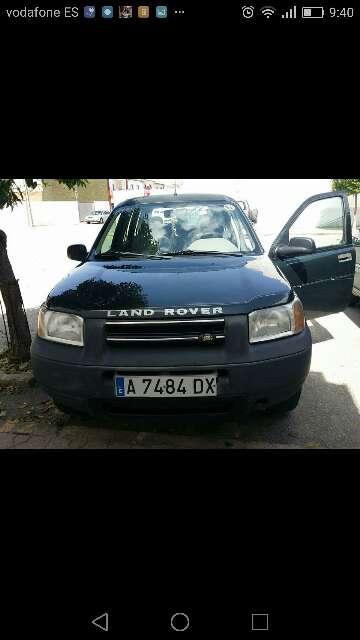 Imagen vehiculo todo camino land rover feenlander