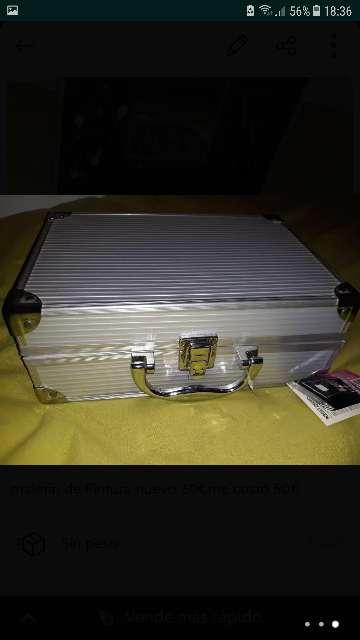 Imagen maletín de pintura