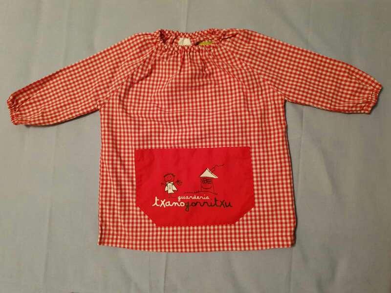 Imagen Bata uniforme guardería Txanogorritxu