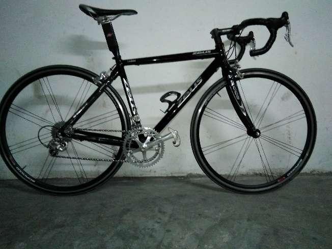 Imagen Bicicleta de carretera Zeus Volata