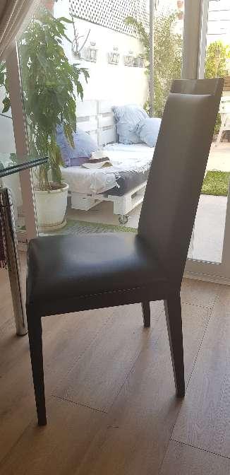 Imagen Juego de 4 sillas de madera Alta Calidad