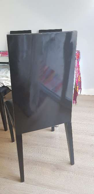 Imagen producto Juego de 4 sillas de madera Alta Calidad 2