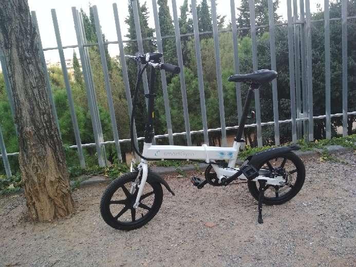 Imagen Bicicleta eléctrica plegable Smartgyro