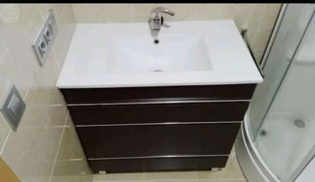 Imagen Mueble de baño completo y espejo