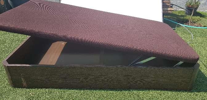 Imagen producto Se vende arcon de madera con colcion 2