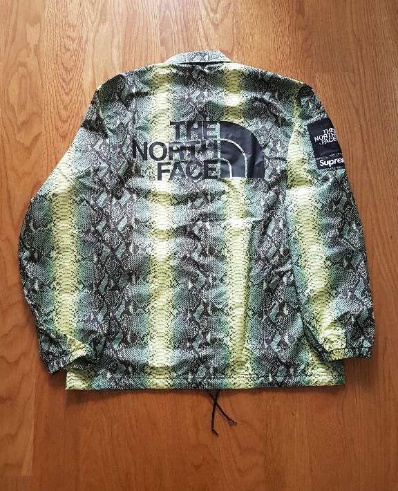 Imagen producto Chaqueta Supreme x The North Face Talla L 2
