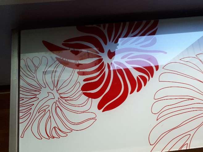 Imagen producto Mesa Cristal Decorado 3