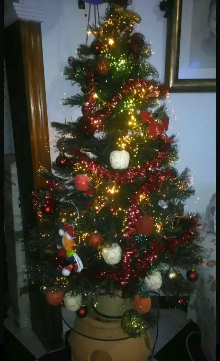 Imagen árbol de navidad de fibra óptica