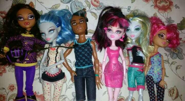 Imagen producto Monster hight, barbies, princesas Disney... 2