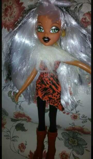 Imagen muñecas nuevas