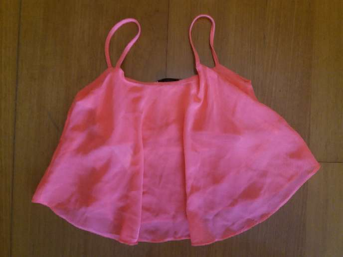 Imagen producto Top rosa fosforito 2
