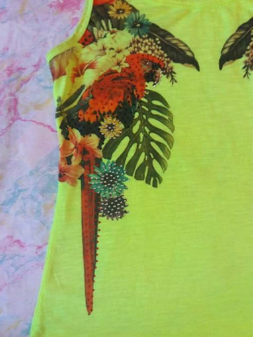 Imagen producto Camiseta de tirantes amarillo fosforito 3