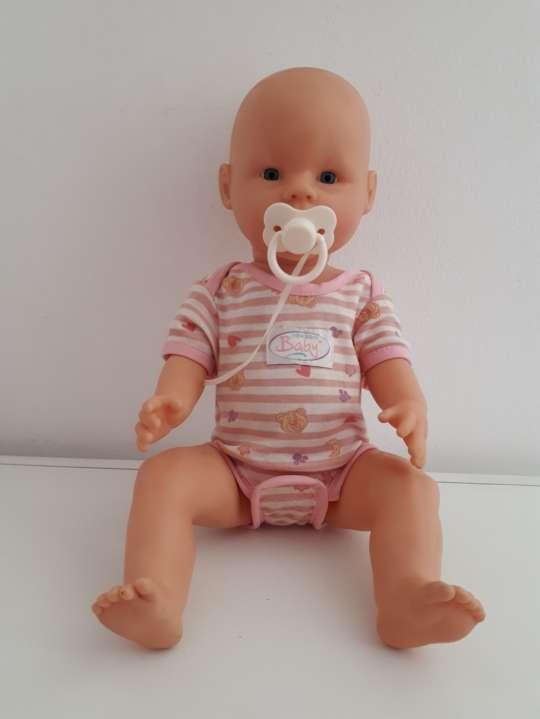 Imagen Baby Born y accesorios
