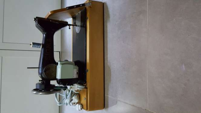 Imagen producto Maquina de coser sigma 4