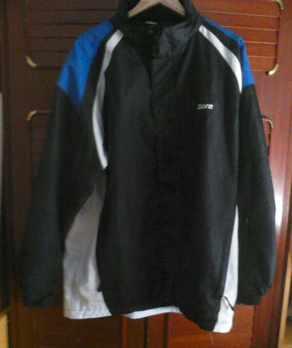 Imagen vendo chaquetas de chico a 10€ cada