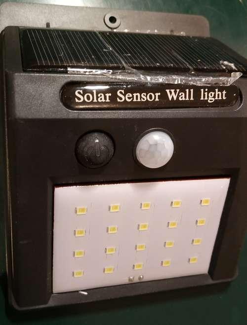 Imagen sensor de movimiento solar