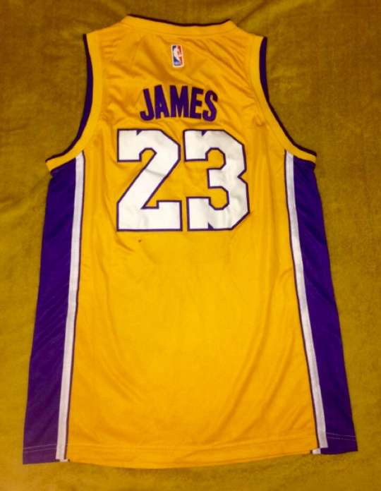 Imagen producto LeBron James Lakers  2