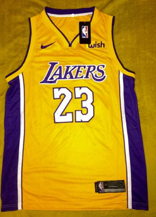 Imagen producto LeBron James Lakers  1