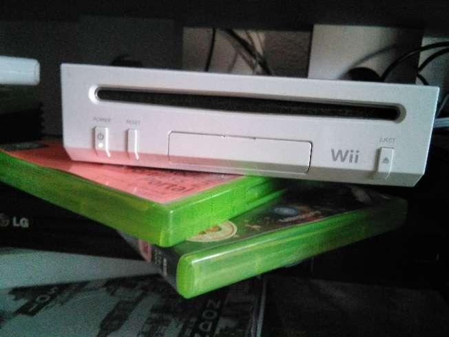 Imagen Juegos Wii + mandos + wii