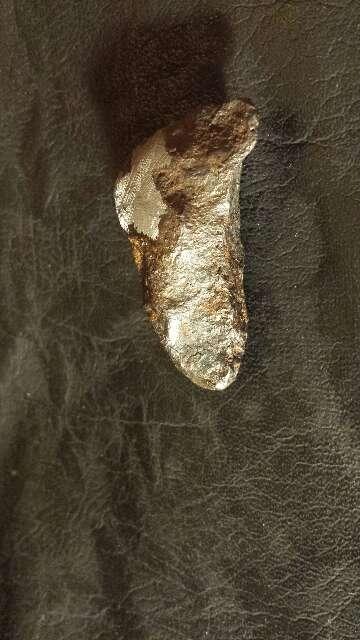 Imagen producto Meteorito entero con ventana widmanstätten  8