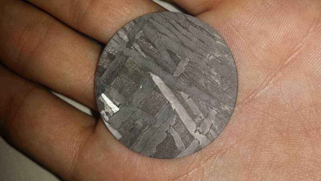 Imagen producto Meteorito forma moneda  3