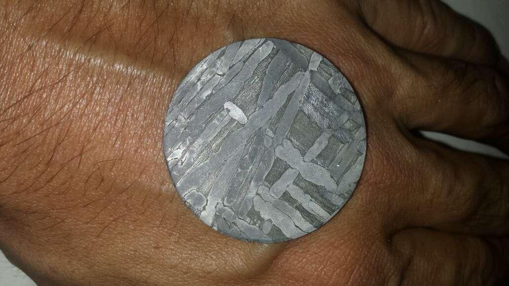 Imagen producto Meteorito forma moneda  6
