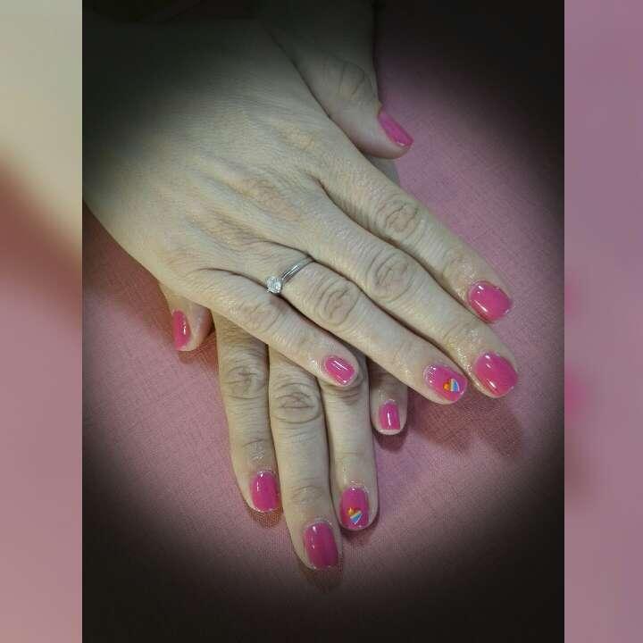 Imagen producto Uñas con esmalte permanente 4
