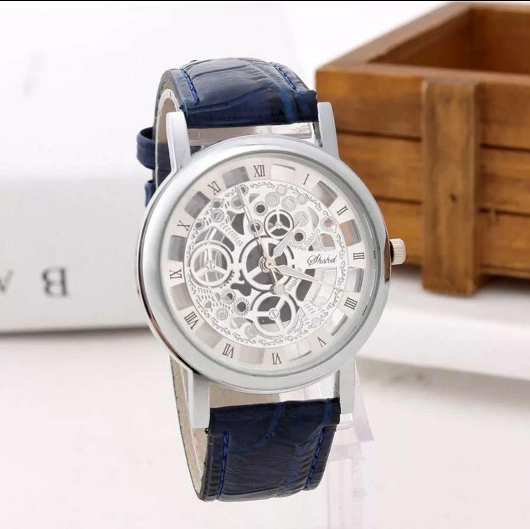 Imagen Reloj de cuarzo banda de cuero