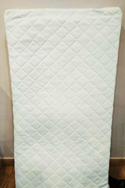 Imagen producto Colchón de cuna de Ikea 1