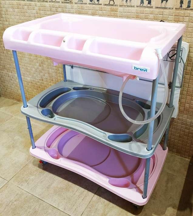 Imagen producto Bañera cambiador bebé marca Brevi 5