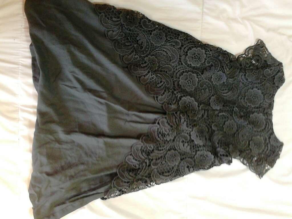Imagen producto Vestido de niña calado 4