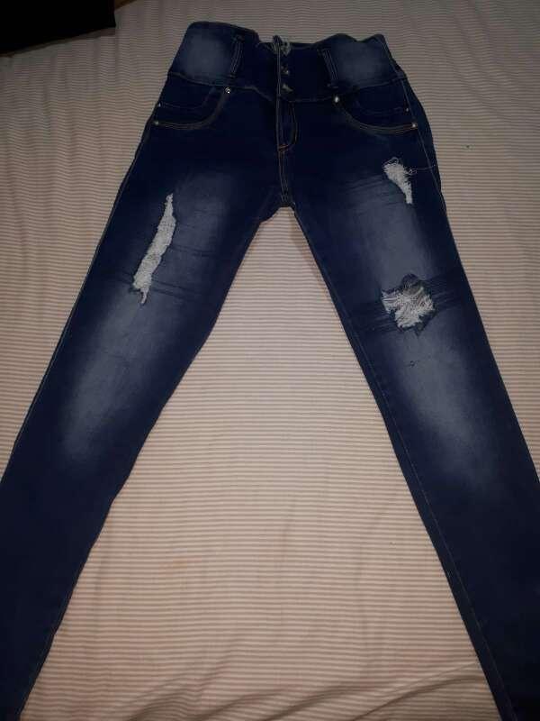 Imagen Vendo pantalones para dama