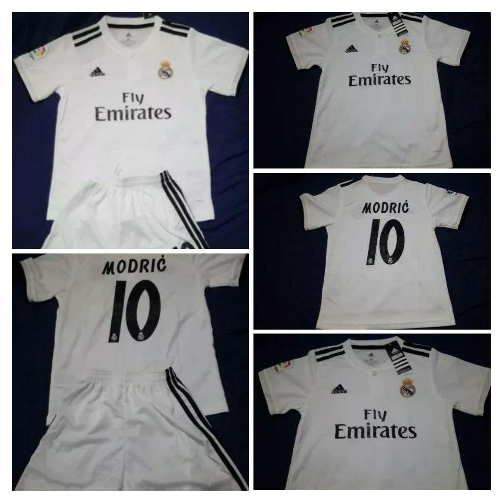 Imagen Equipaciones 2019 niños Real Madrid