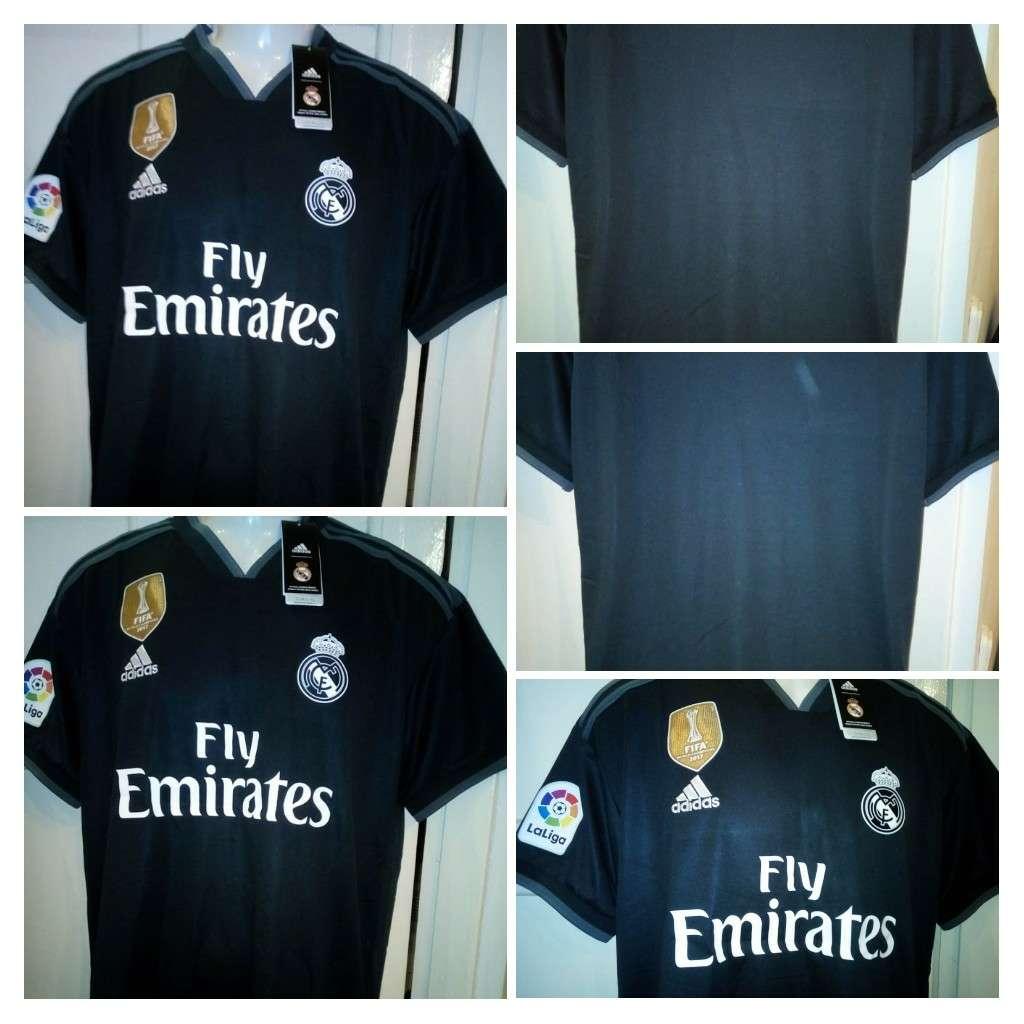 Imagen Camisetas negras REAL MADRID 2019