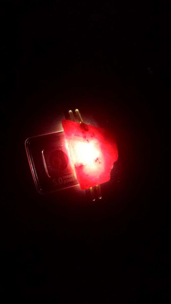 Imagen producto Rubí rojo sangre 18 ct 3
