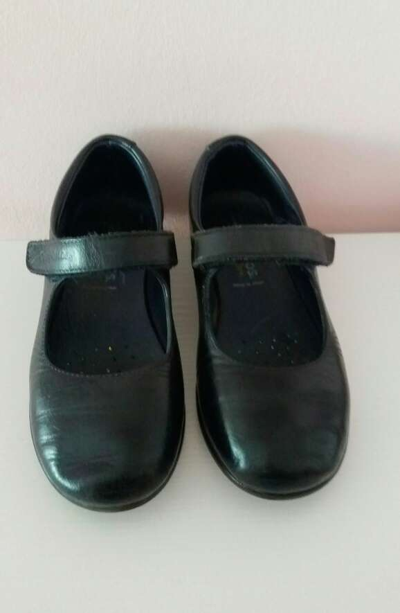 Imagen producto Zapato niña colegial.N° 31 4