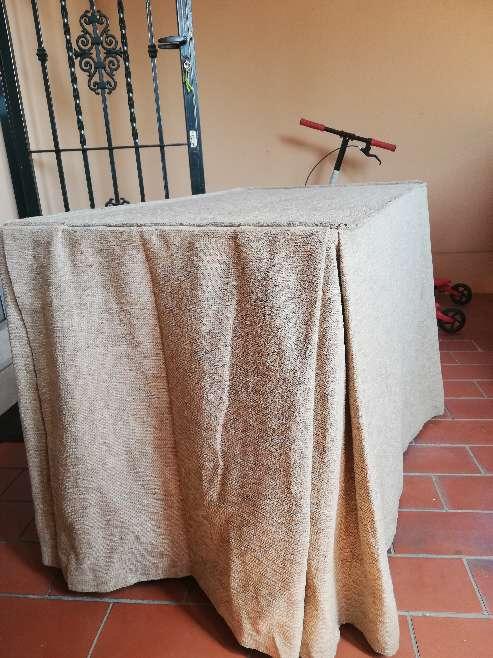 Imagen mesa camilla y paño
